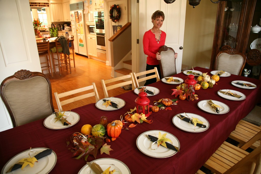 Thanksgiving autumn table decor