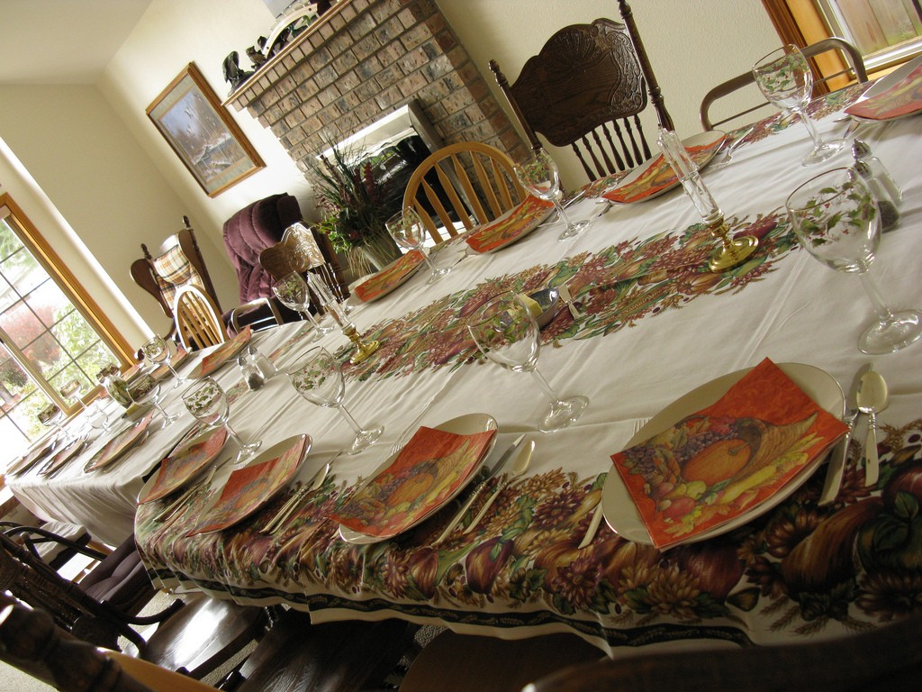 Thanksgiving table at grandparents' house