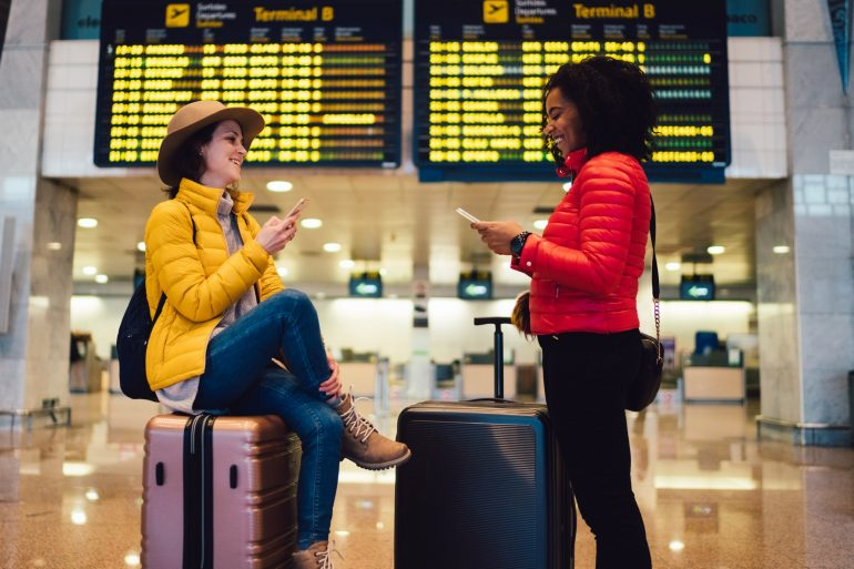 16 dos & don'ts for smoother Thanksgiving air travel