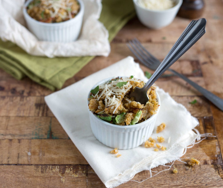 Brussels sprouts gratin makes a delicious Thanksgiving side dish with cheddar cheese and cream   Thanksgiving.com