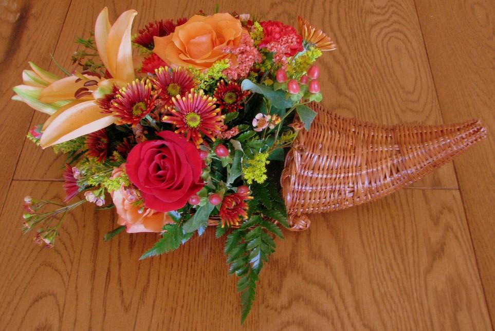 Cornucopia centerpiece with flowers