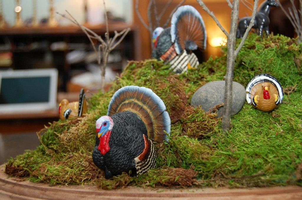 Detailed, crafty Thanksgiving centerpiece
