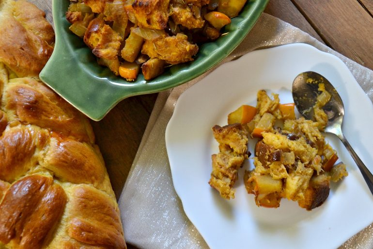 Thanksgiving stuffing made with pumpkin challah | Thanksgiving.com