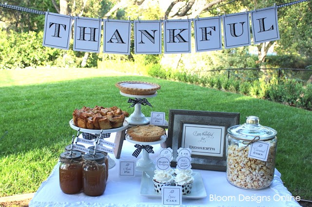 Or check out the traditional Thankful by Bloom Designs.
