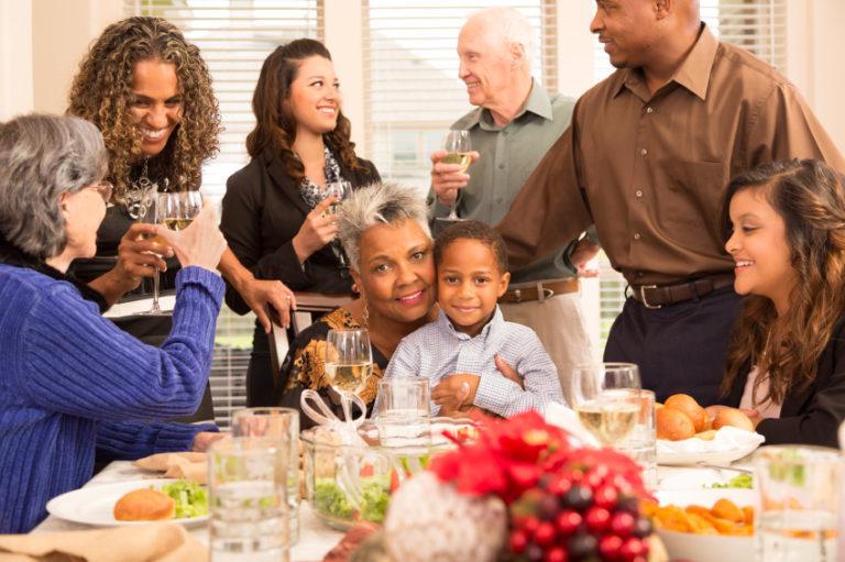 Family enjoying Thanksgiving | Thanksgiving.com