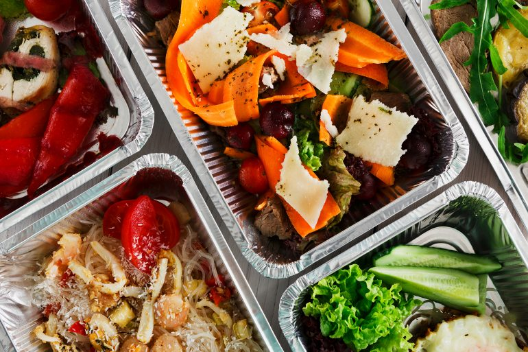 Healthy food to go boxes