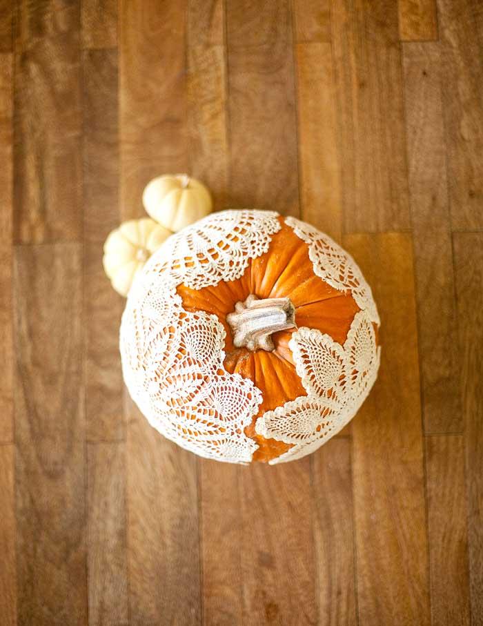 no-carve doily pumpkin