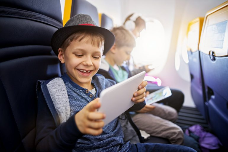 Tips for surviving Thanksgiving travel with kids