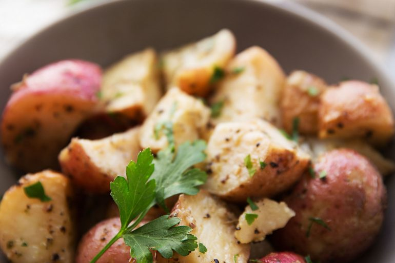 Herb Roasted Red Potatoes for Thanksgiving from Thanksgiving.com