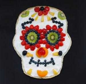 Skeleton Fruit Pizza for Halloween