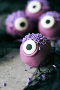 12 Purple Monster Cookies for Halloween