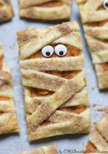 5 Mummy Pumpkin Cookies for Halloween
