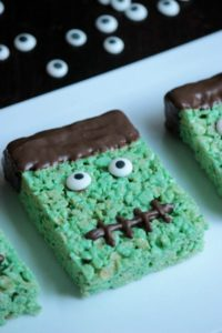 9 Frankenstein Rice Krispie Treats for Halloween