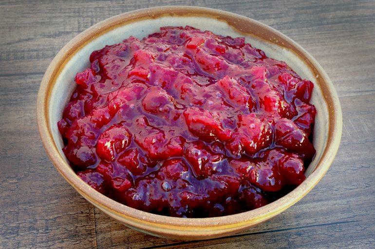 Apply Cranberry Sauce