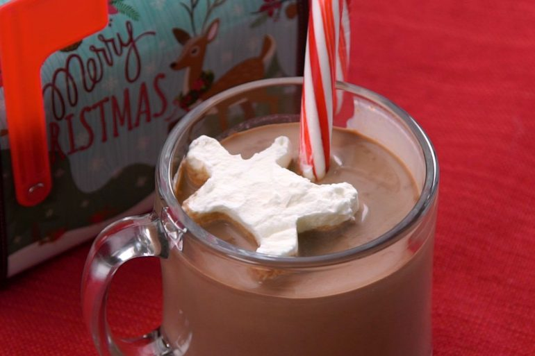 Holiday Cocoa with Peppermint Creme