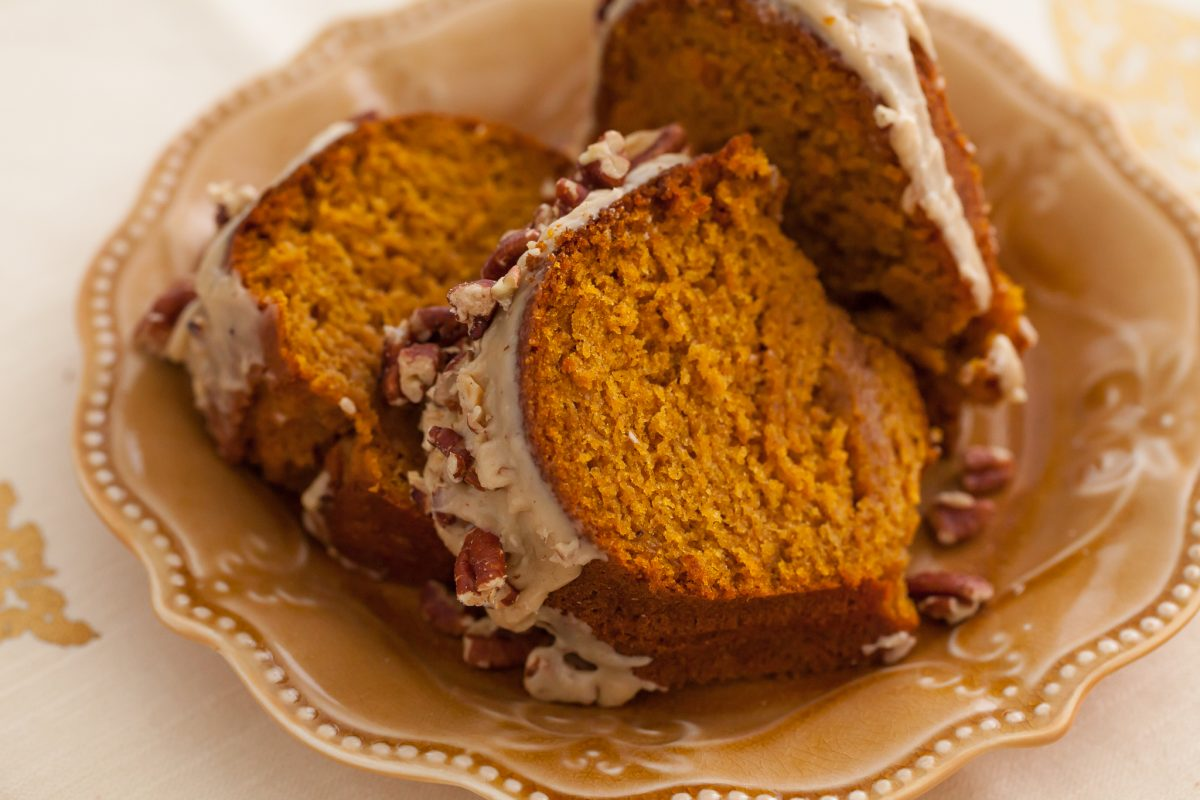 Thanksgiving Pumpkin Bundt Cake with Brown Sugar Glaze and Pecans