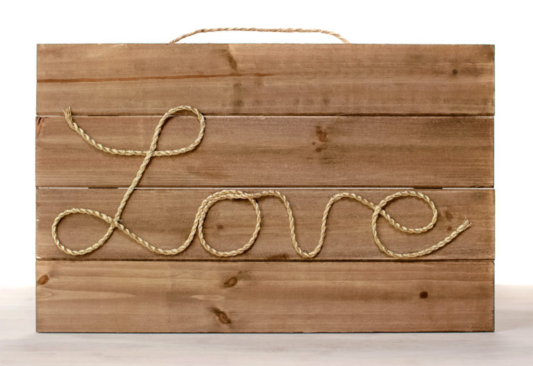 Rope love sign complete