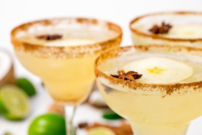 5D4B7522 - Vegan Spiced Apple Margaritas
