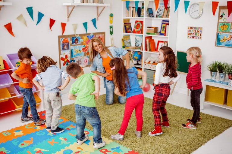Kindergarten kids in the classroom