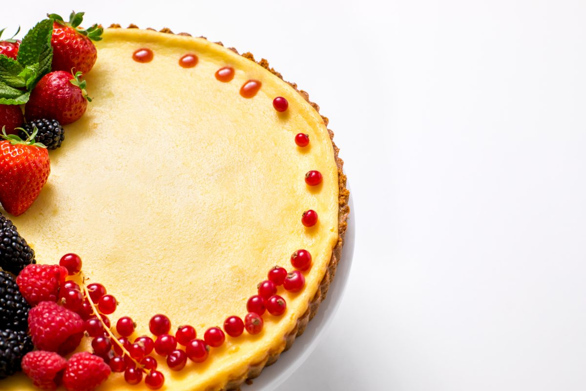 5D4B0486 - Holiday Cheese Tart with Strawberry Glaze