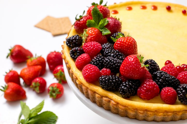 5D4B0625 - Holiday Cheese Tart with Strawberry Glaze