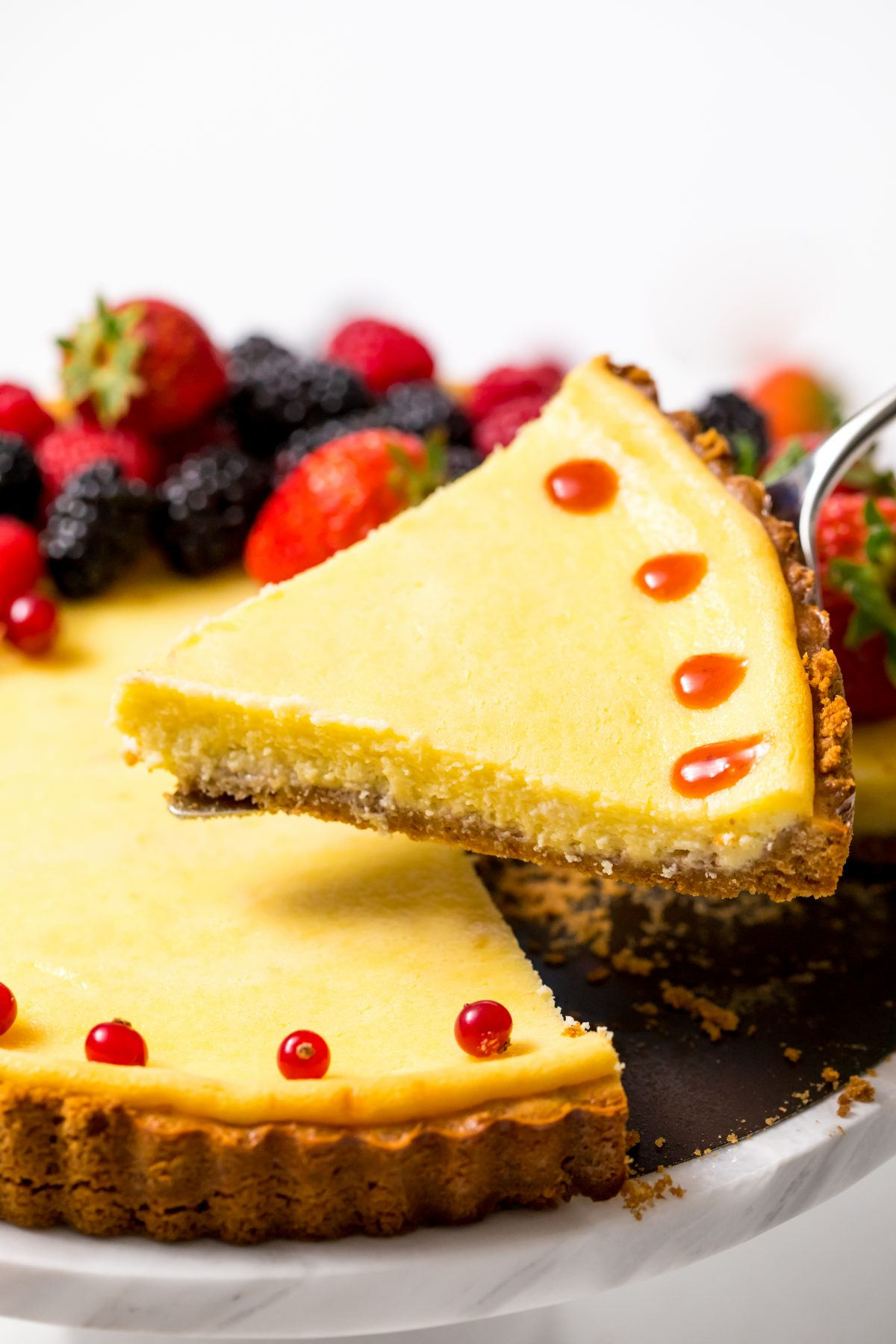 5D4B0717 - Holiday Cheese Tart with Strawberry Glaze