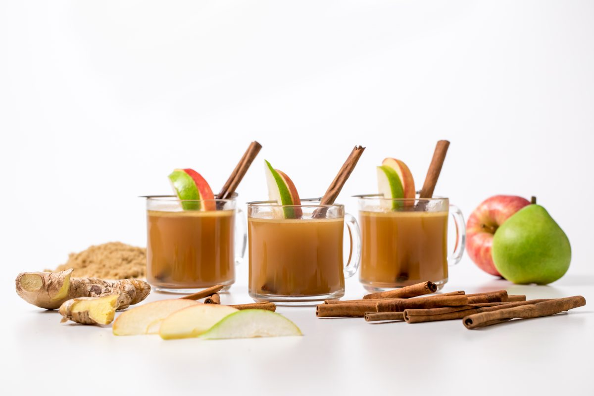 5D4B2594 - Hot Apple Cider with Buttered Rum