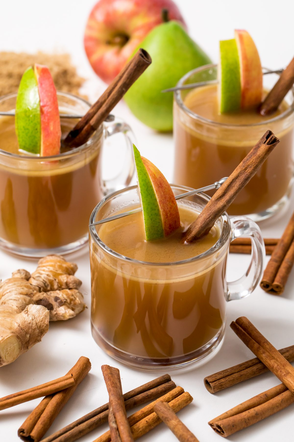 5D4B2601 - Hot Apple Cider with Buttered Rum