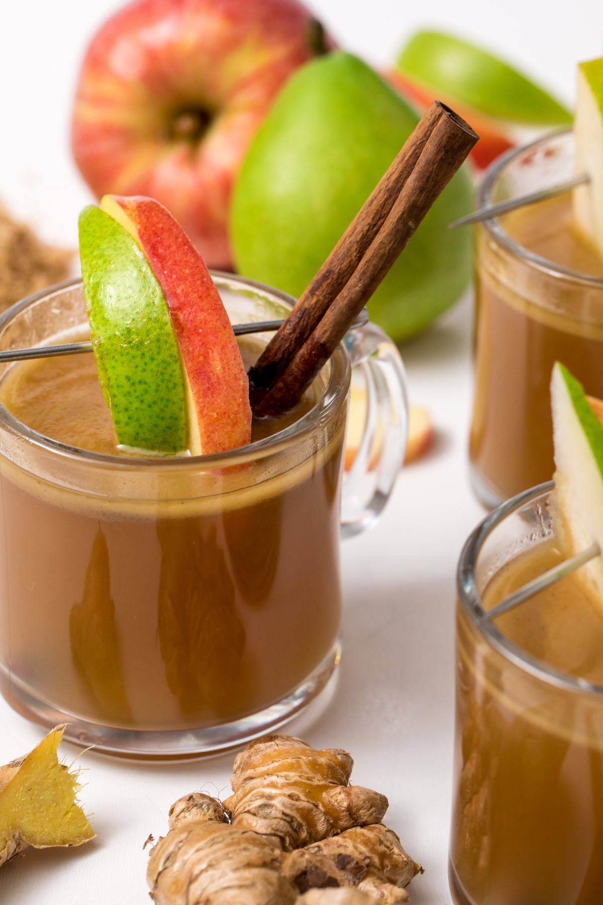 5D4B2629 - Hot Apple Cider with Buttered Rum