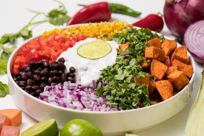 5D4B5218 - Vegan Sweet potato rainbow salad with lime crema