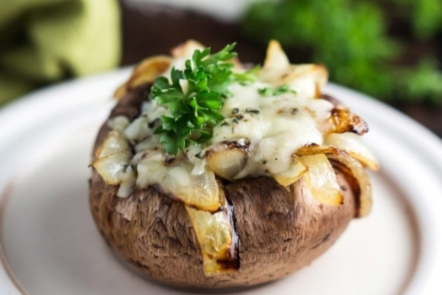 Keto-approved Friendsgiving menu caramelized onion and spinach stuffed mushrooms