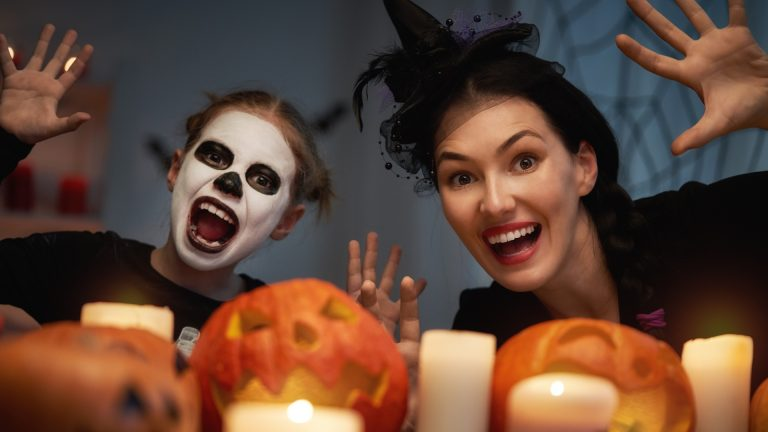 Halloween treats Halloween history