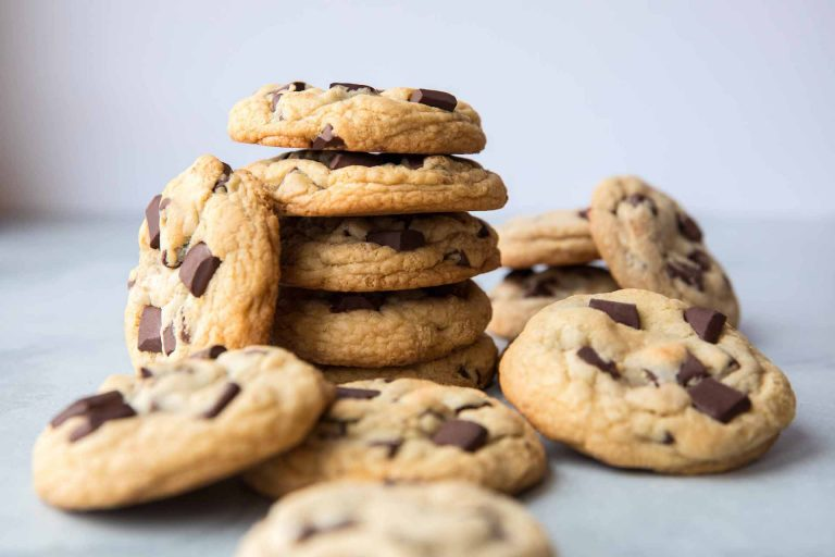 5D4A5251 - Sprinkled - Sally McKenney - Chewy Chocolate Chunk Cookies - LOW RES