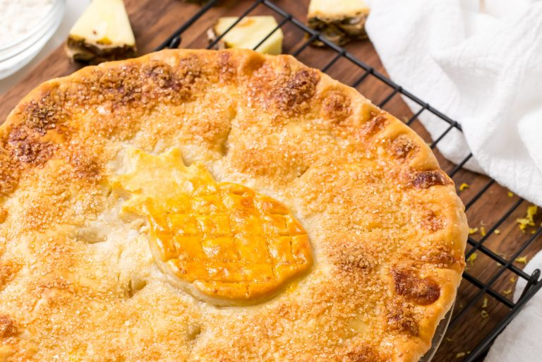 5D4B3507 - Vintage Double-Crusted Pineapple Pie