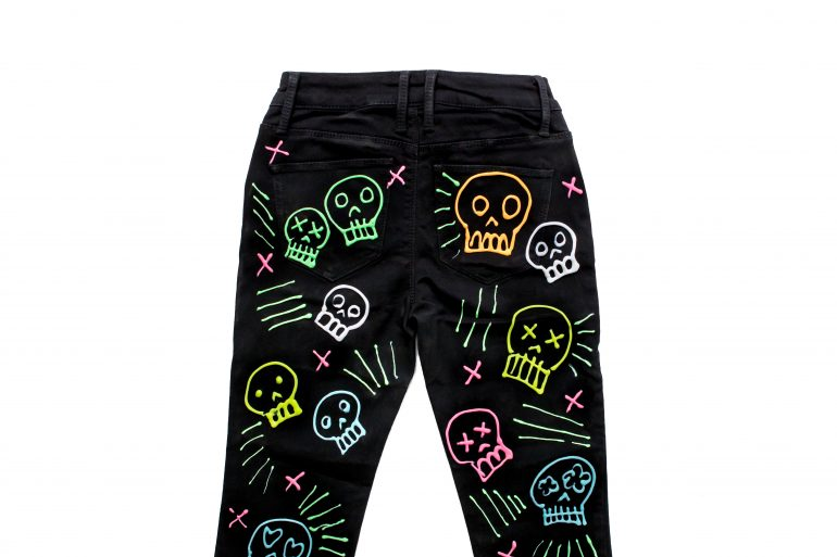 5D4B6463 - Crafty Chica - Glow in the dark Jeans