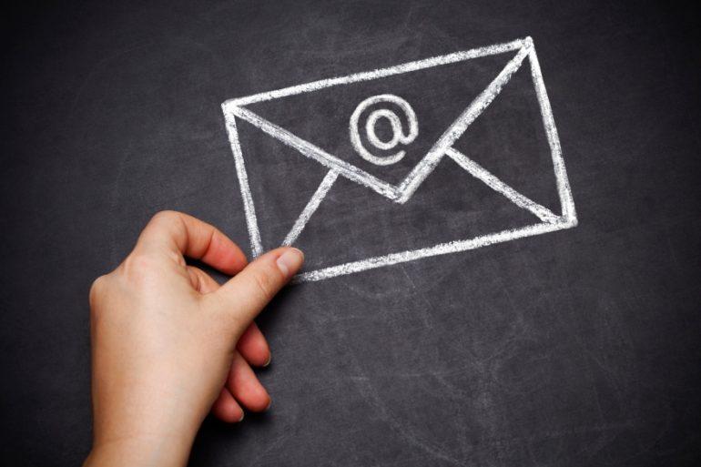 Friendsgiving e-invites