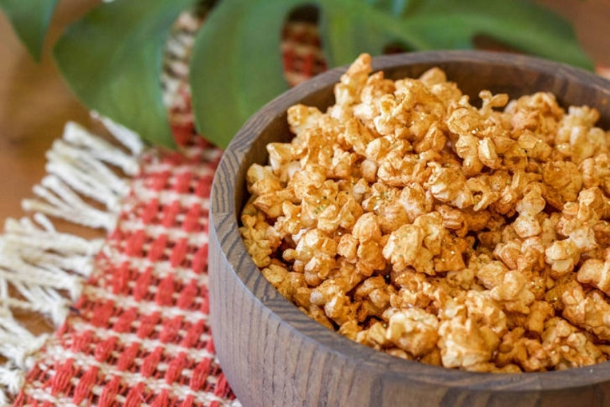 Dinner and a movie Moana sparkle popcorn