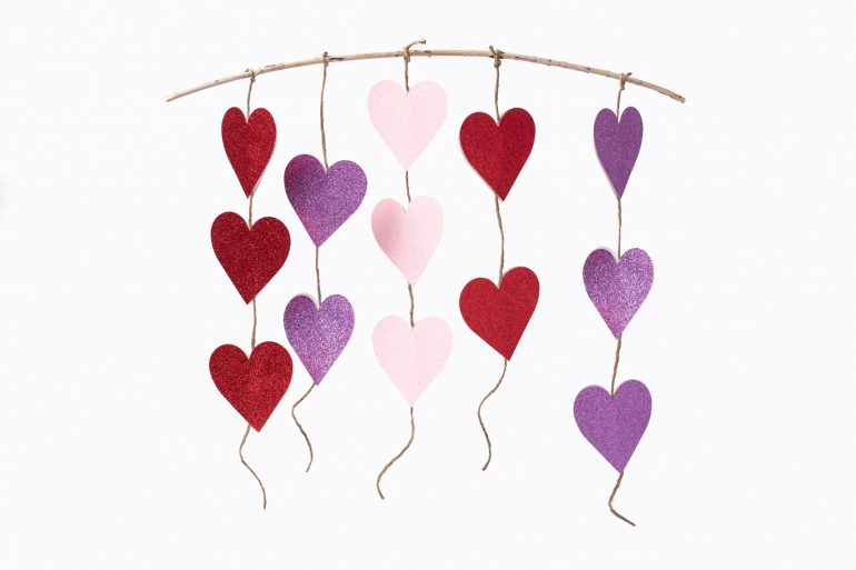 5D4B0814-Edit-2 - Glitter Heart Twine Garland