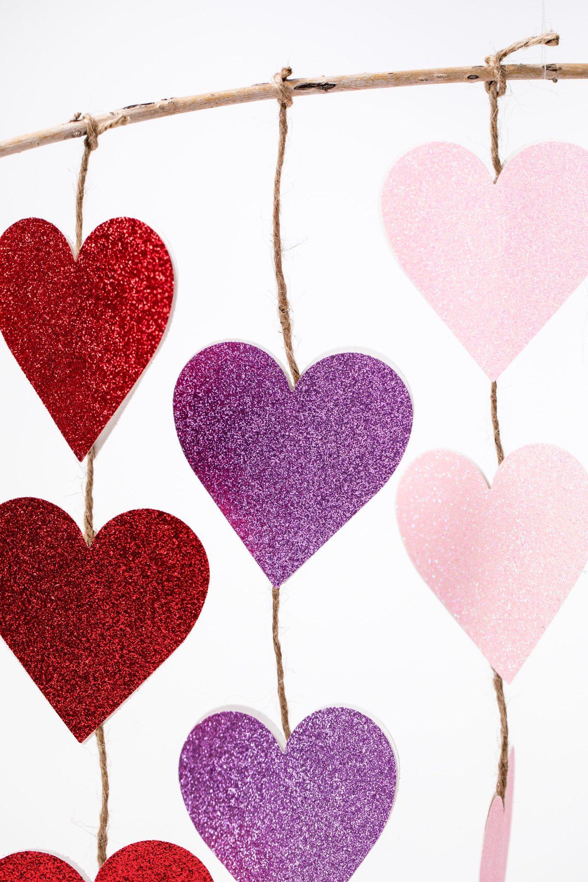 5D4B0822 - Glitter Heart Twine Garland