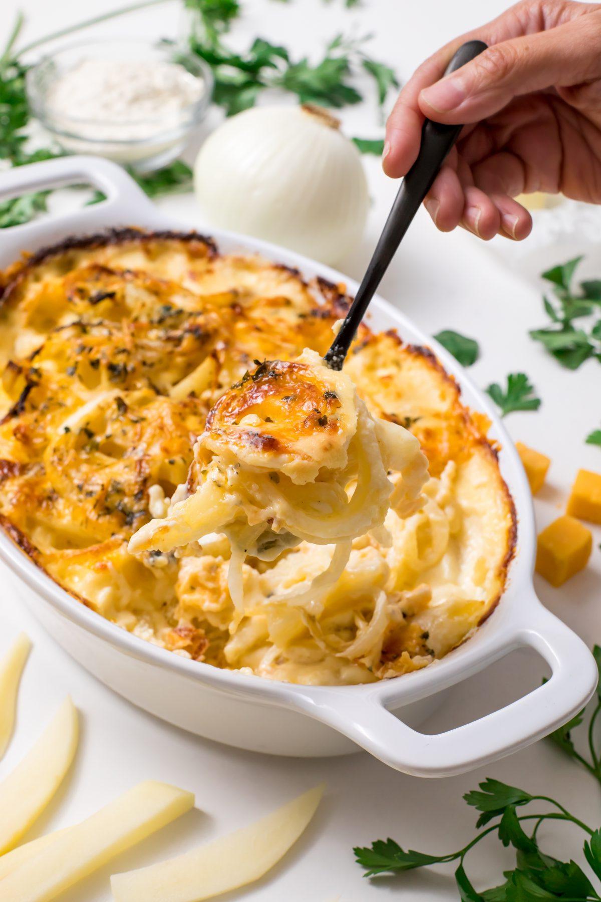 5D4B2054 - Cheesy Holiday Potatoes