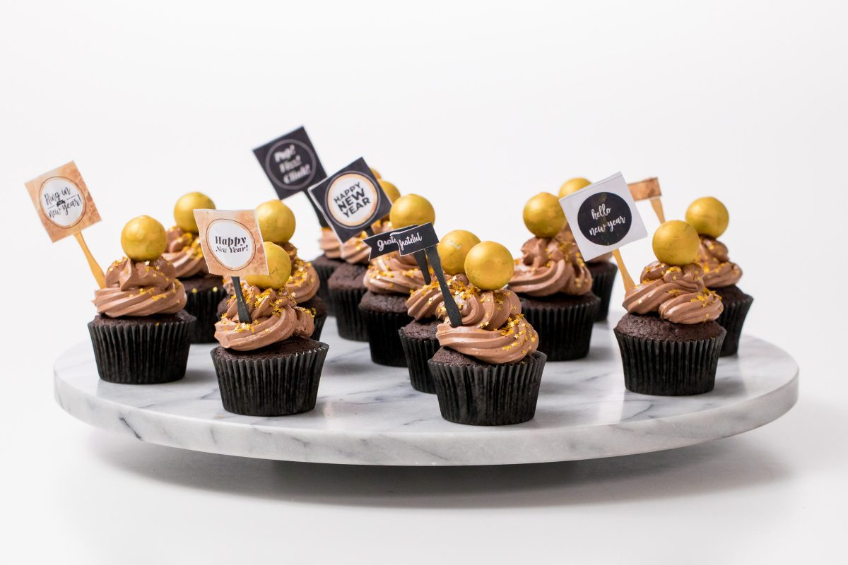 5D4B3590 - NYE Ball Drop Cupcakes