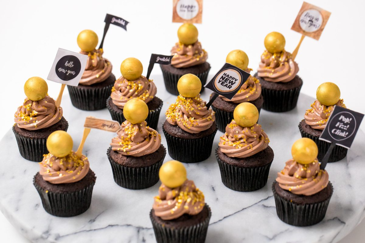 5D4B3600 - NYE Ball Drop Cupcakes