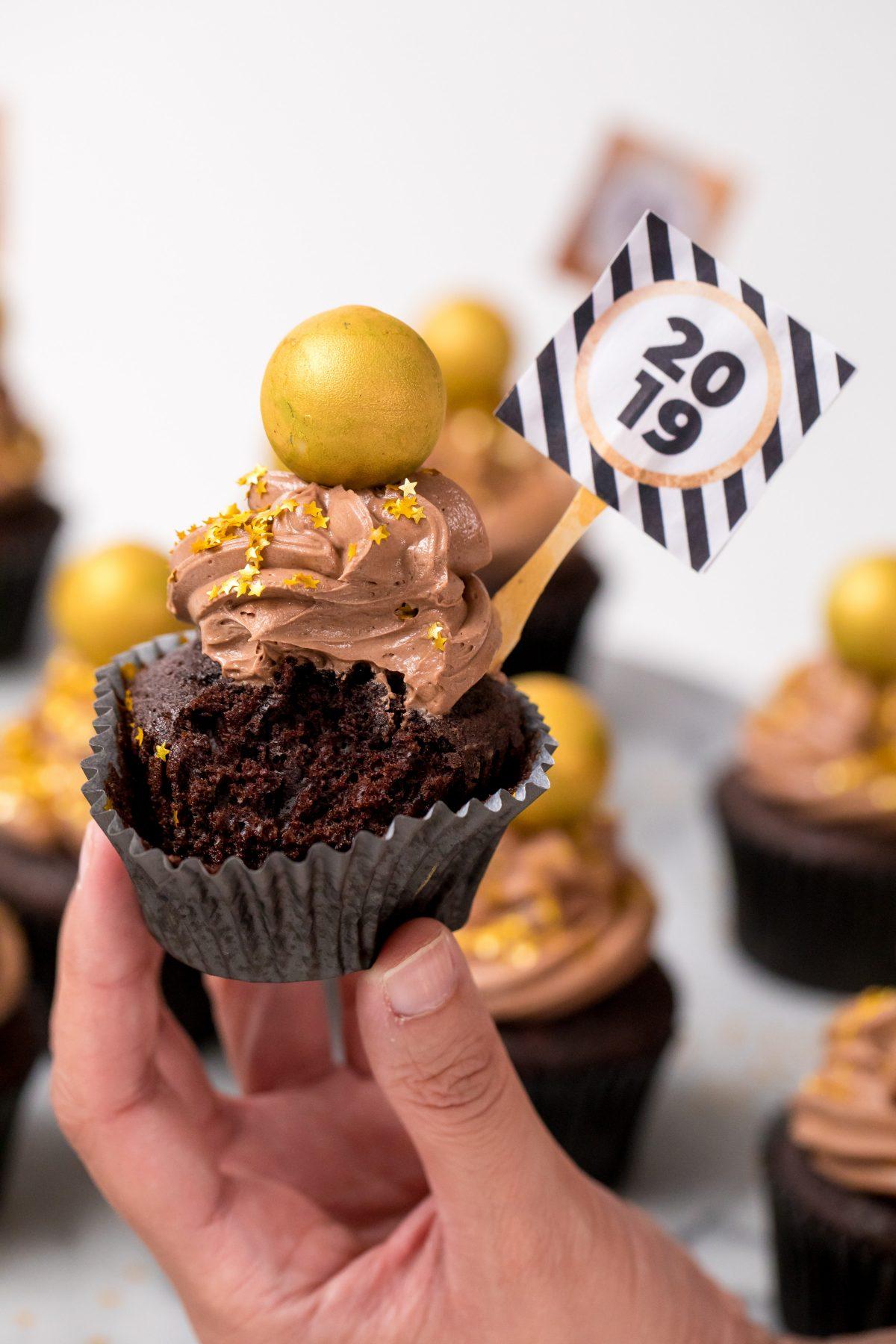 5D4B3660 - NYE Ball Drop Cupcakes