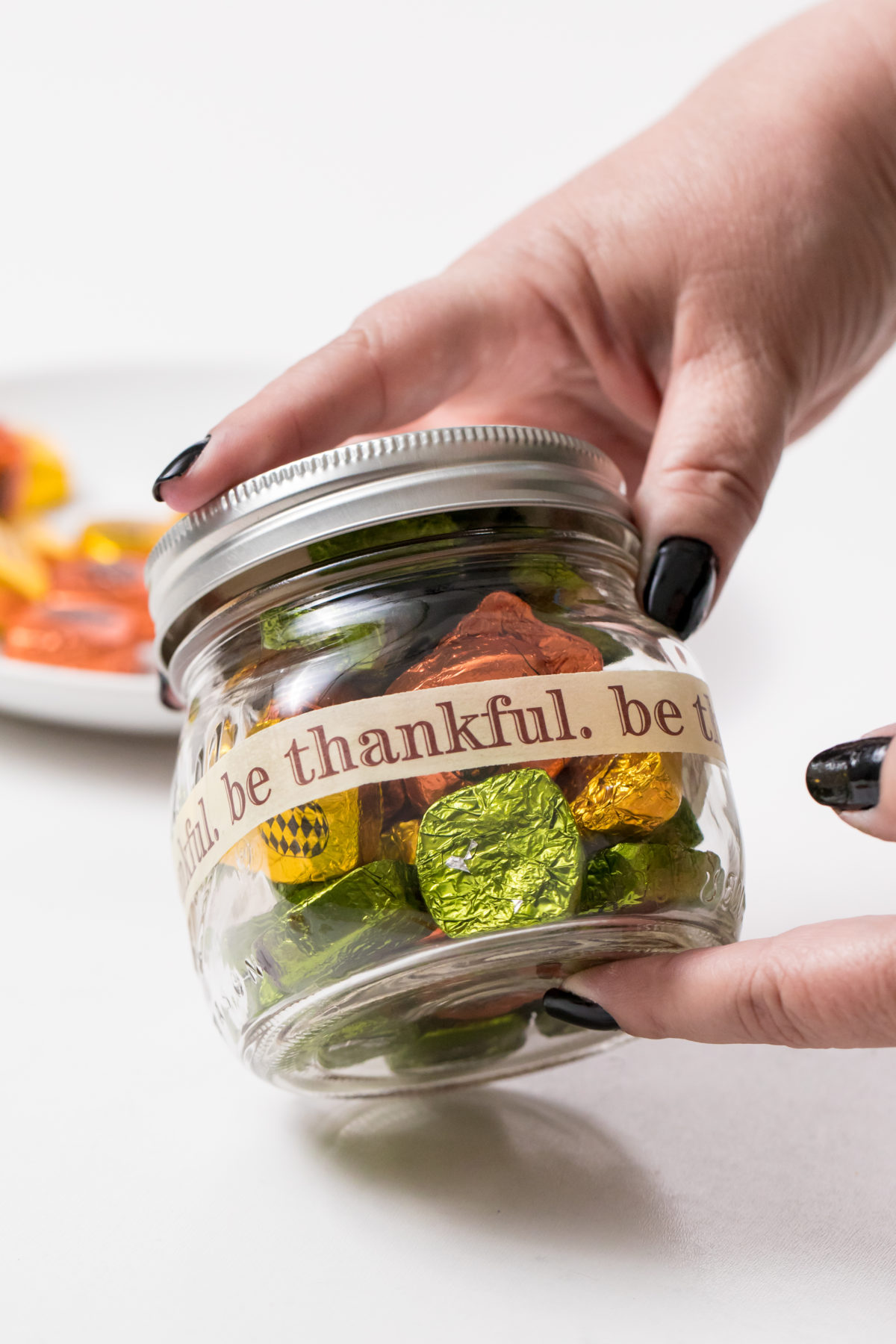 5D4B4659 - Thanksgiving Candy Jars - Prepare the project