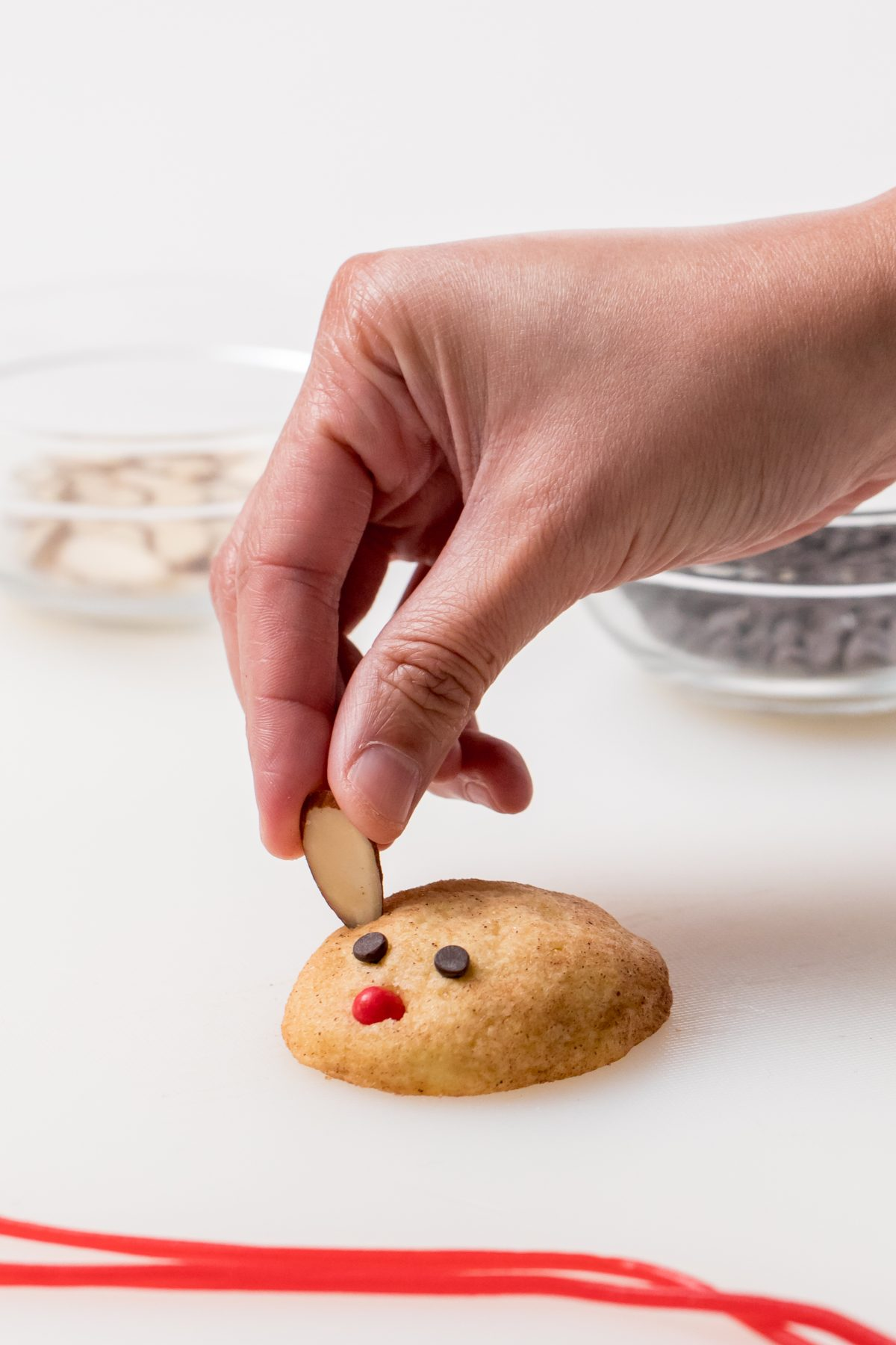 5D4B6101 - Christ Mouse Cookie - Decorate the warm cookies