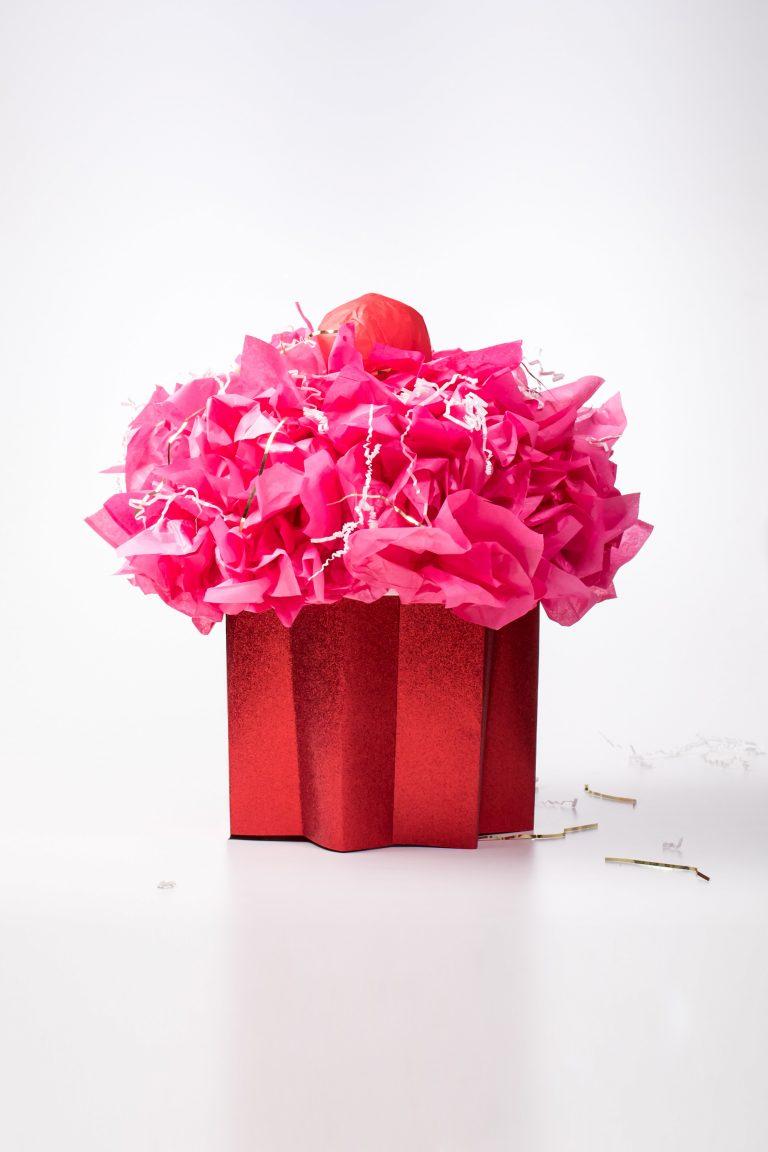 5D4B8249 - Cupcake Valentine Day Box