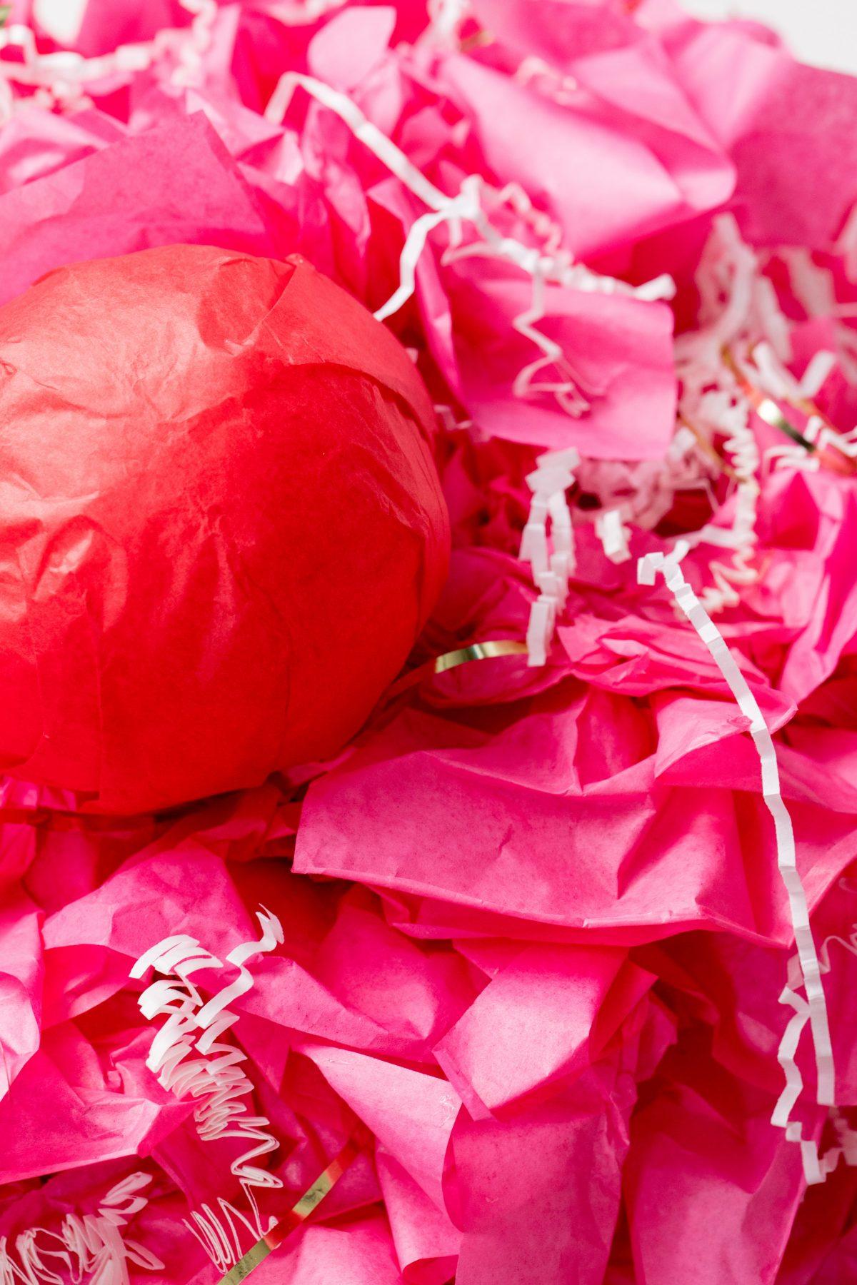 5D4B8275 - Cupcake Valentine Day Box