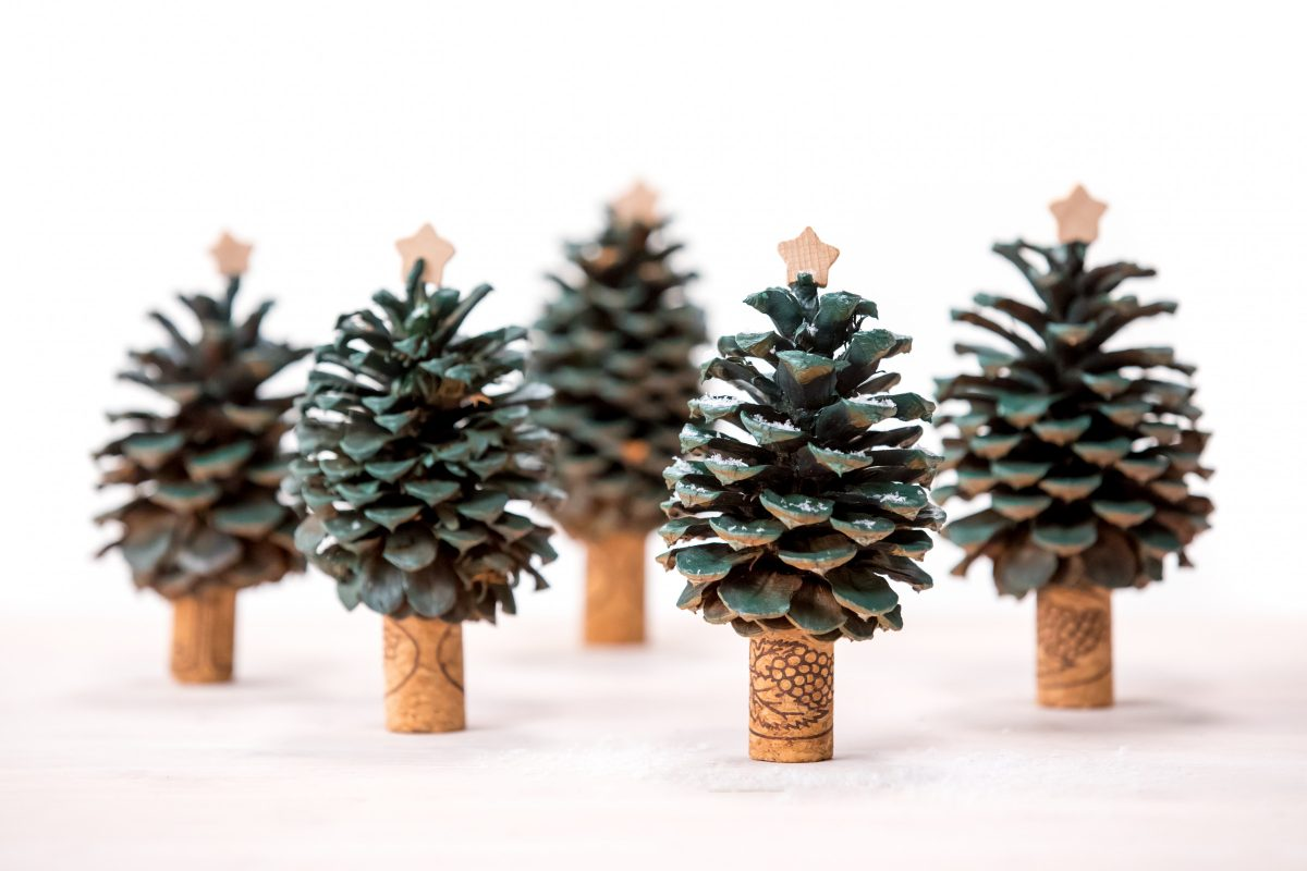 Pinecone-Christmas-trees-Holiday-gift-craft-6