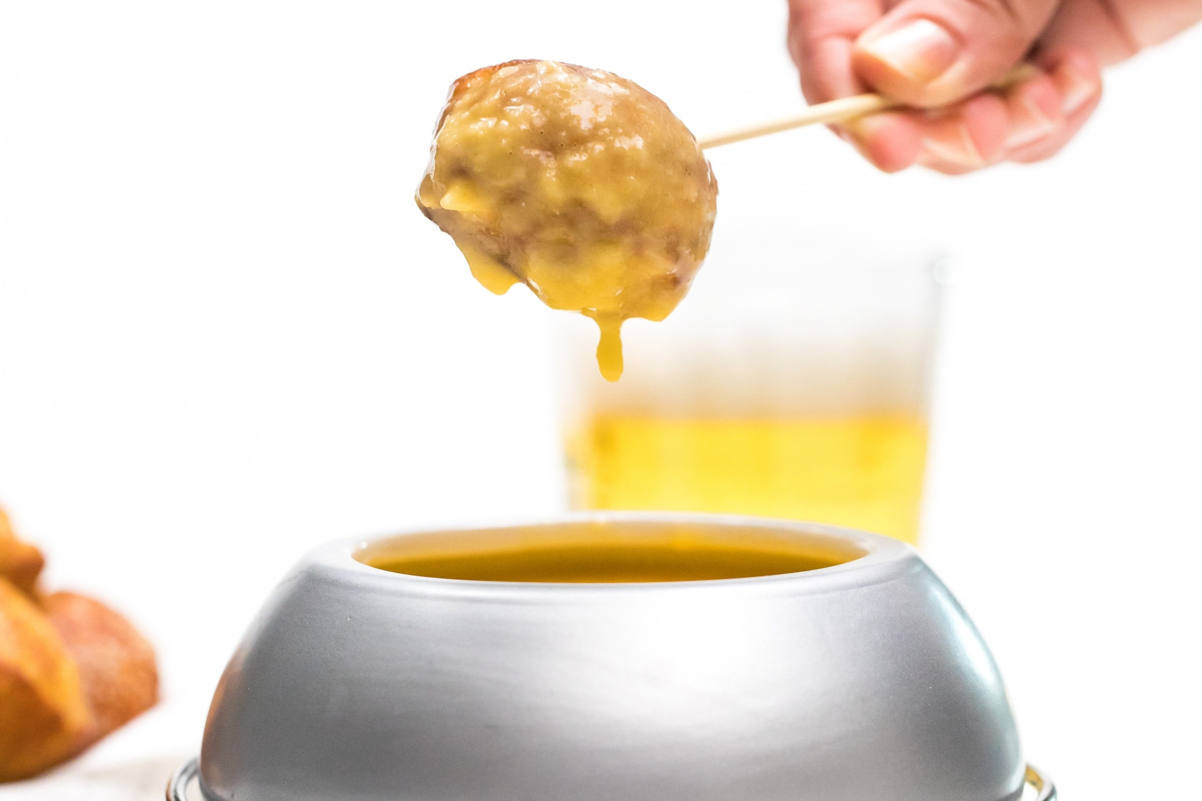 Truly unique football party ideas cheesy beer fondue