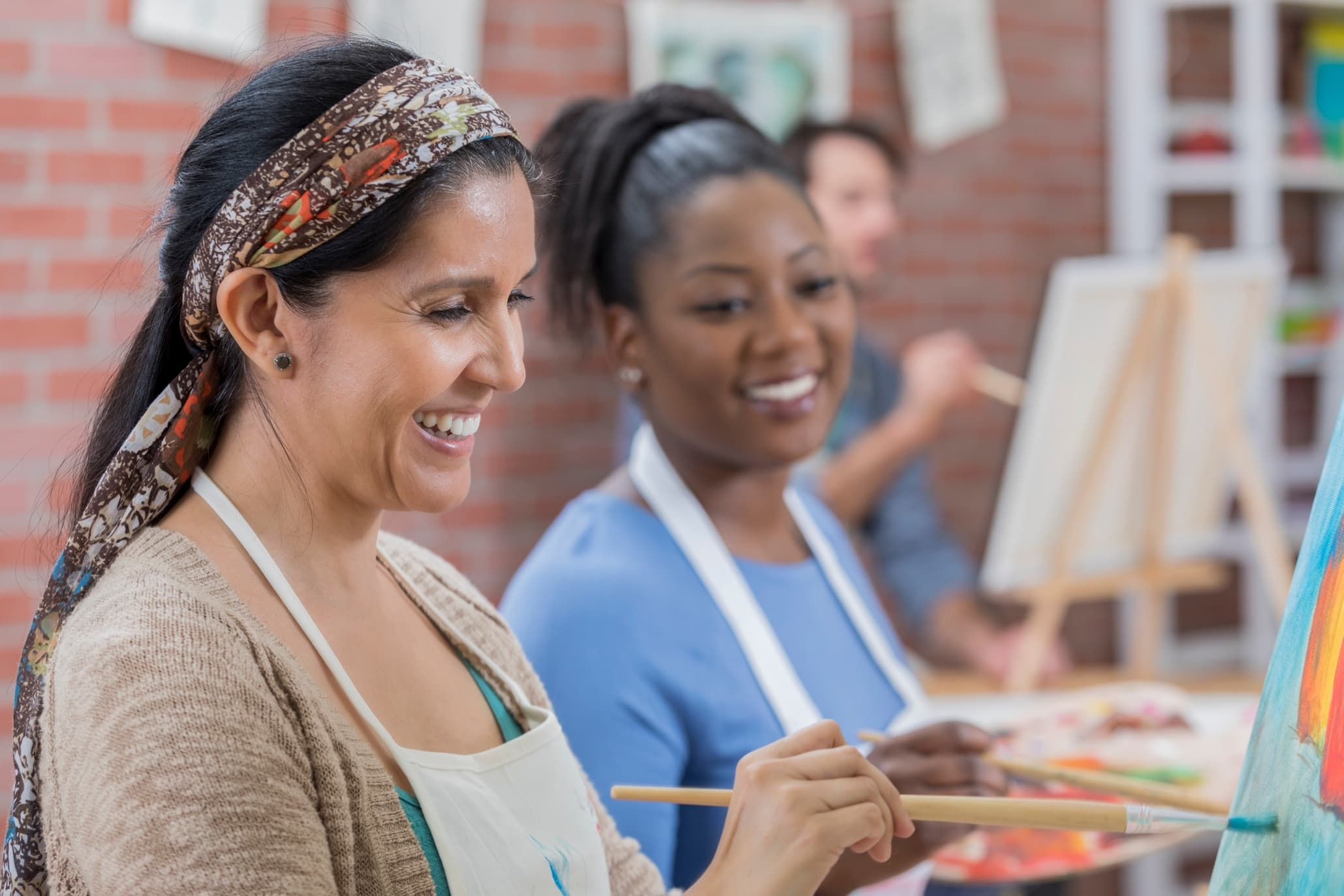 Weekend activities that don't involve drinking group of friends painting
